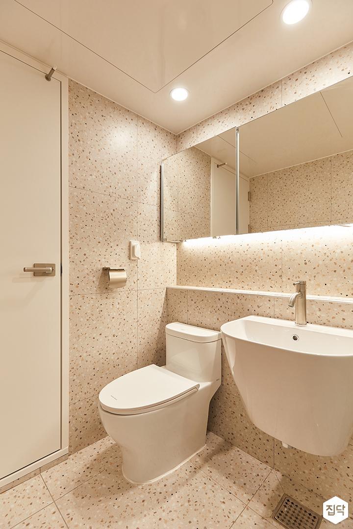 아이보리,모던,내추럴,욕실,포세린,테라조,간접조명,세면대,거울
