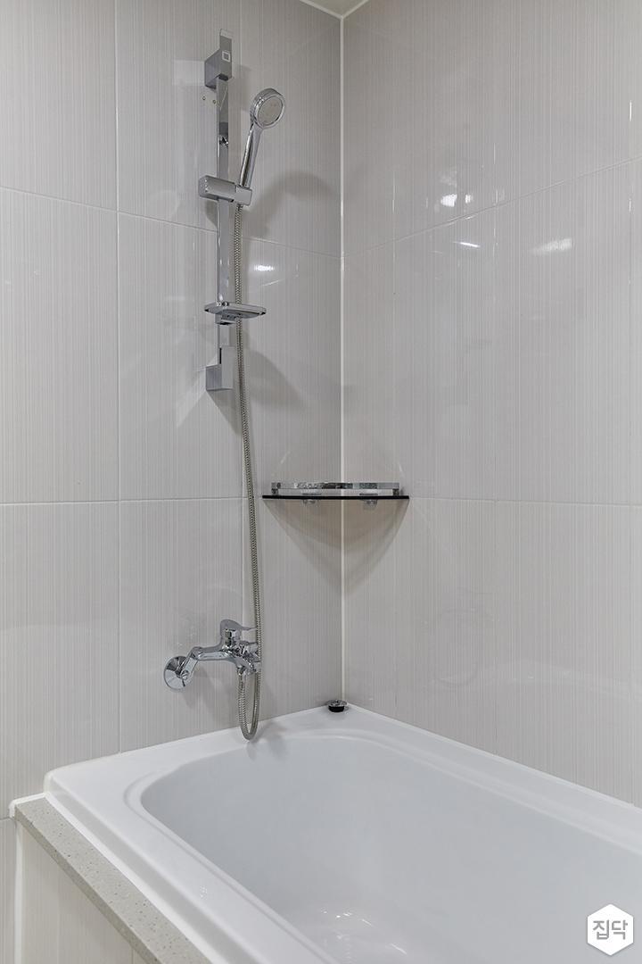 화이트,모던,욕실,욕조,샤워기