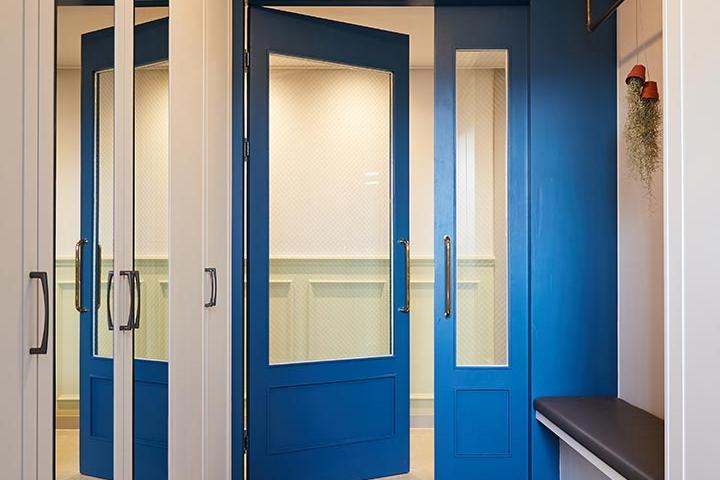 블루,여닫이문,대리석,화이트,클래식