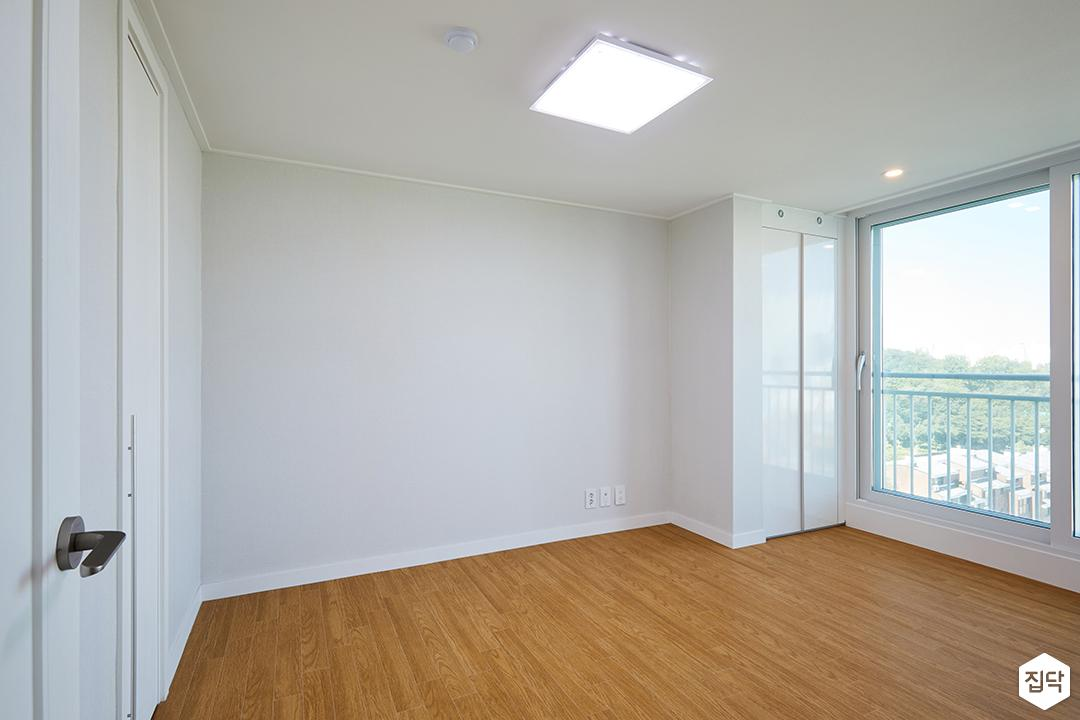 방,붙박이장,하이그로시,실크벽지,LED조명,화이트,모던