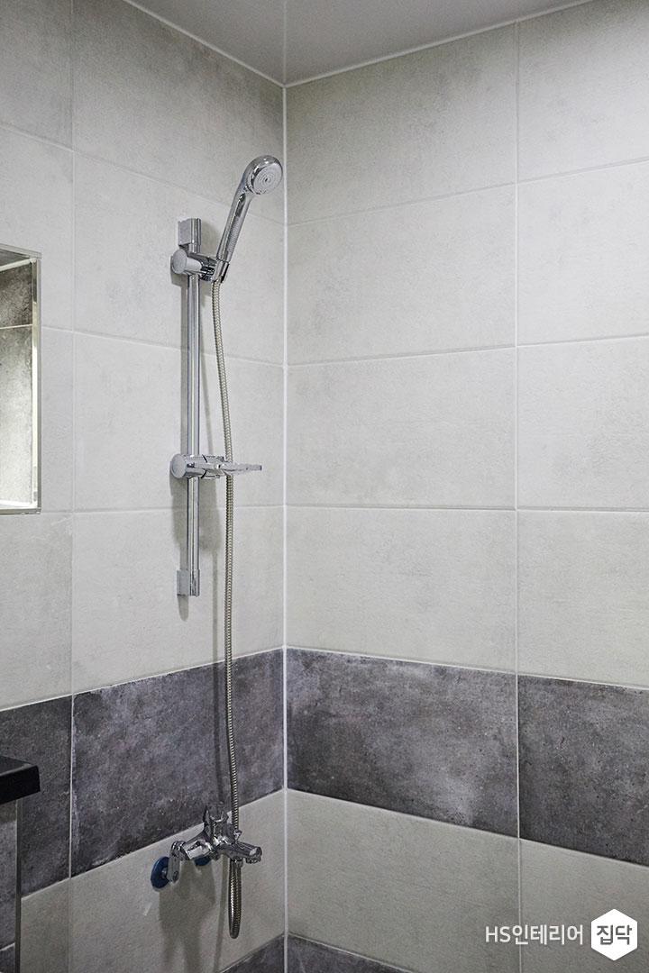 욕실,수전,샤워기,세면대,