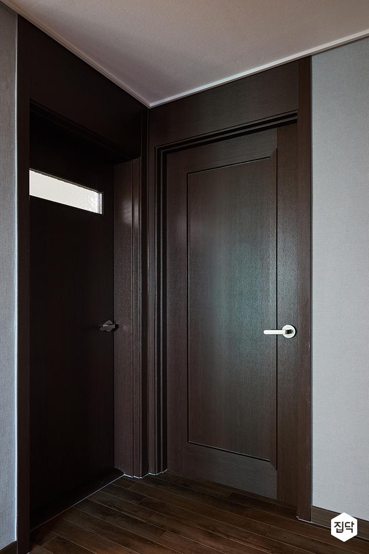 문,방문,문턱,문틀,블랙