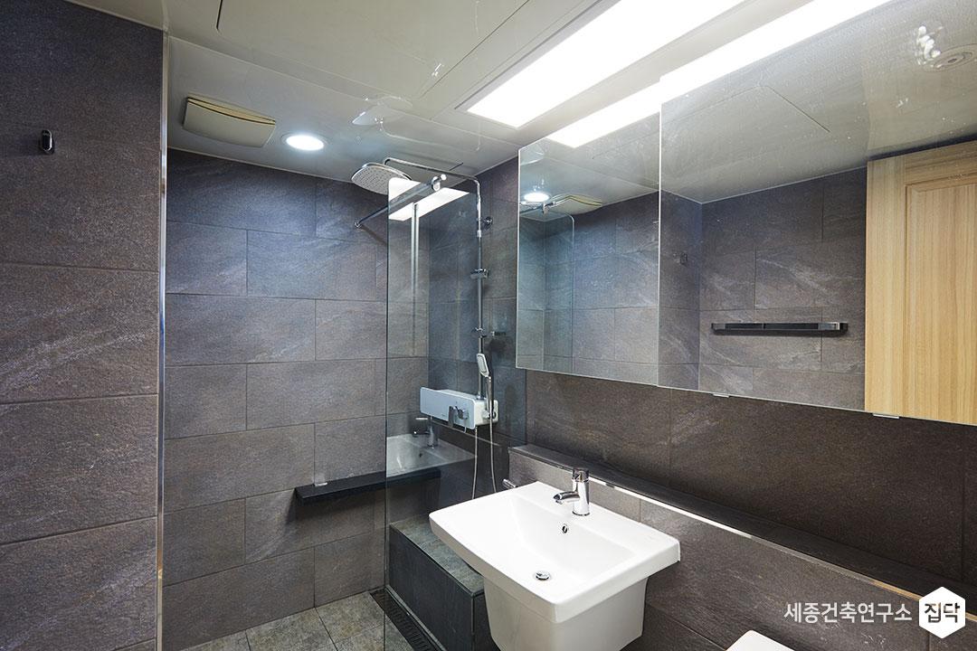 욕실,화장실,반다리세면대,타일,거울장