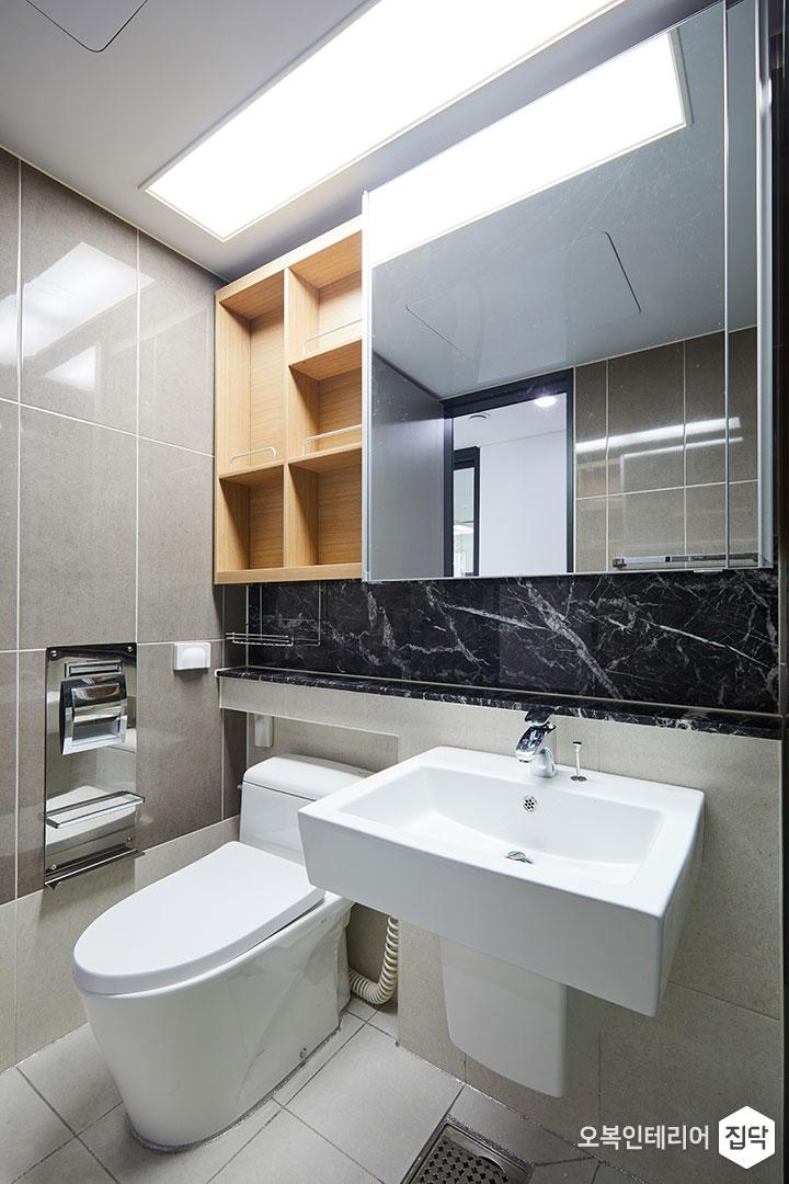 화장실,욕실,샤워부스,반다리세면대,거울장,슬라이딩장