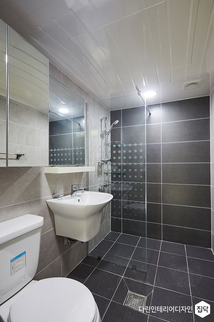 욕실,파티션,그레이,샤워공간,세면공간,무지주선반