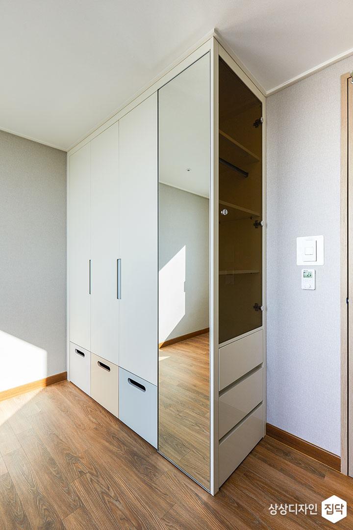 침실,그레이,심플,수납장,옷장,거울,선반,수납공간