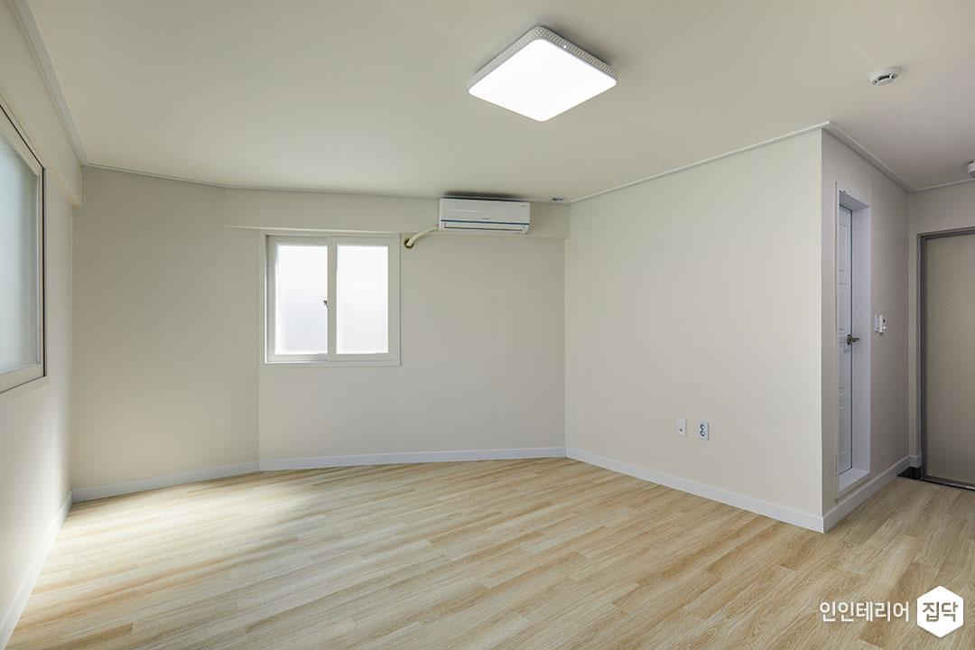 거실,화이트,심플,LED조명
