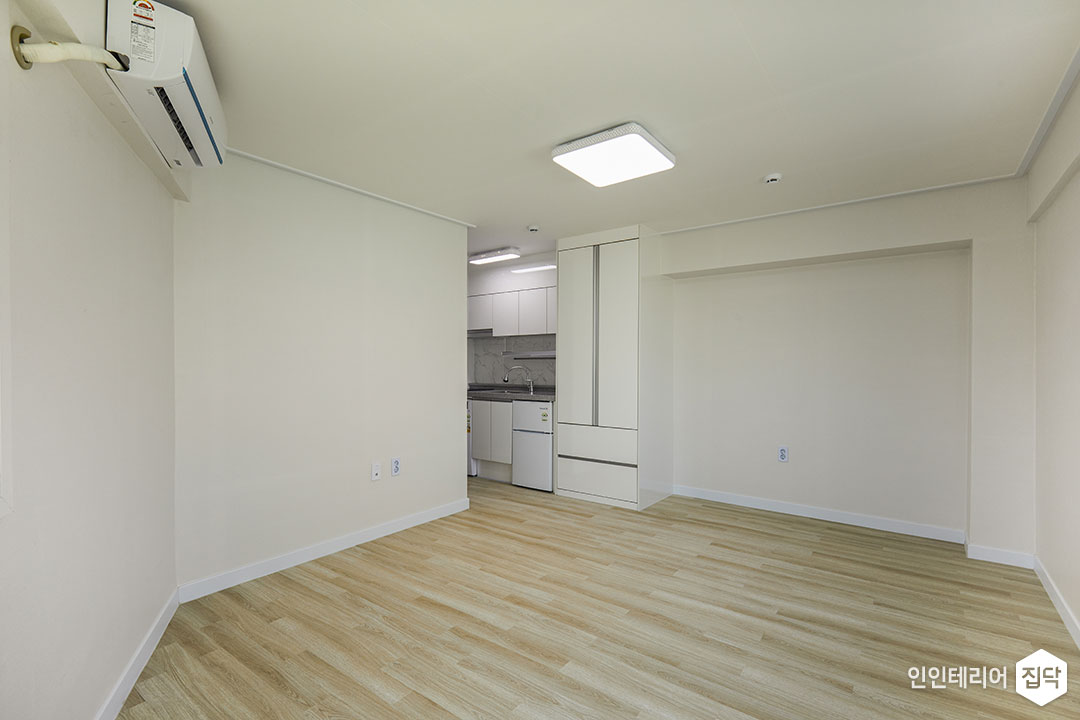 원룸,화이트,심플,LED조명,수납장,냉장고
