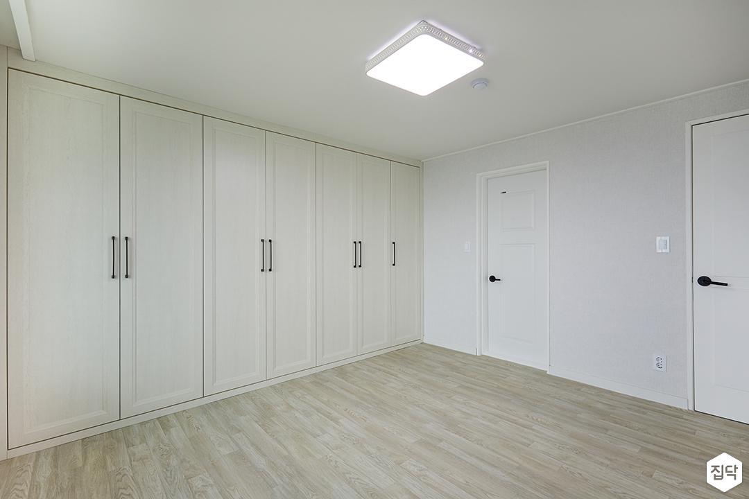 붙박이장,화이트,안방,LED조명