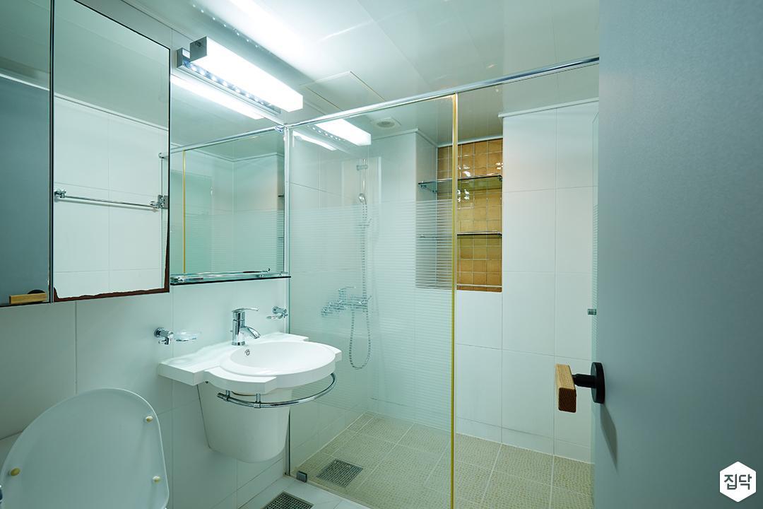 안방욕실,파티션,샤워부스,매립형선반