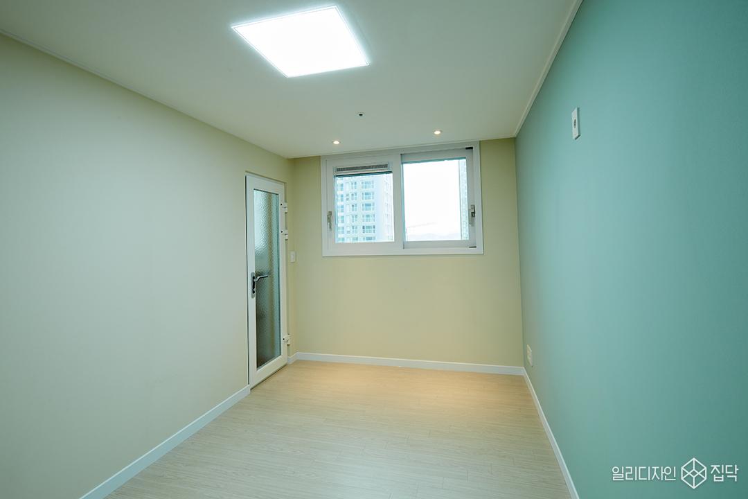 방,청록색,실크벽지,심플