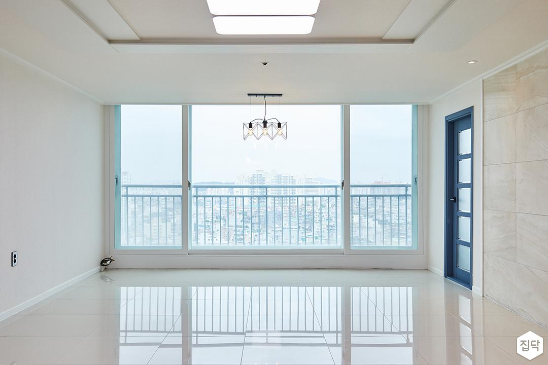 거실,폴리싱타일,모던,아트월,베이지,LED조명,우물천장,대리석타일
