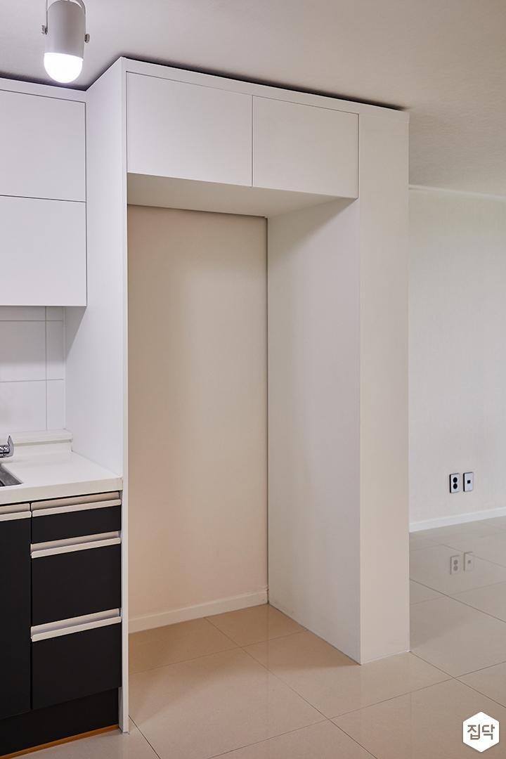 주방,모던,화이트,냉장고장,매트화이트