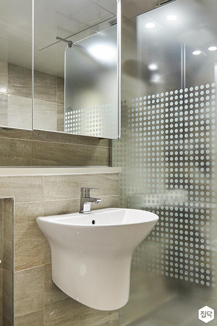 욕실,그레이,모던,젠다이,슬라이딩거울장,유리파티션,시트지,세면대