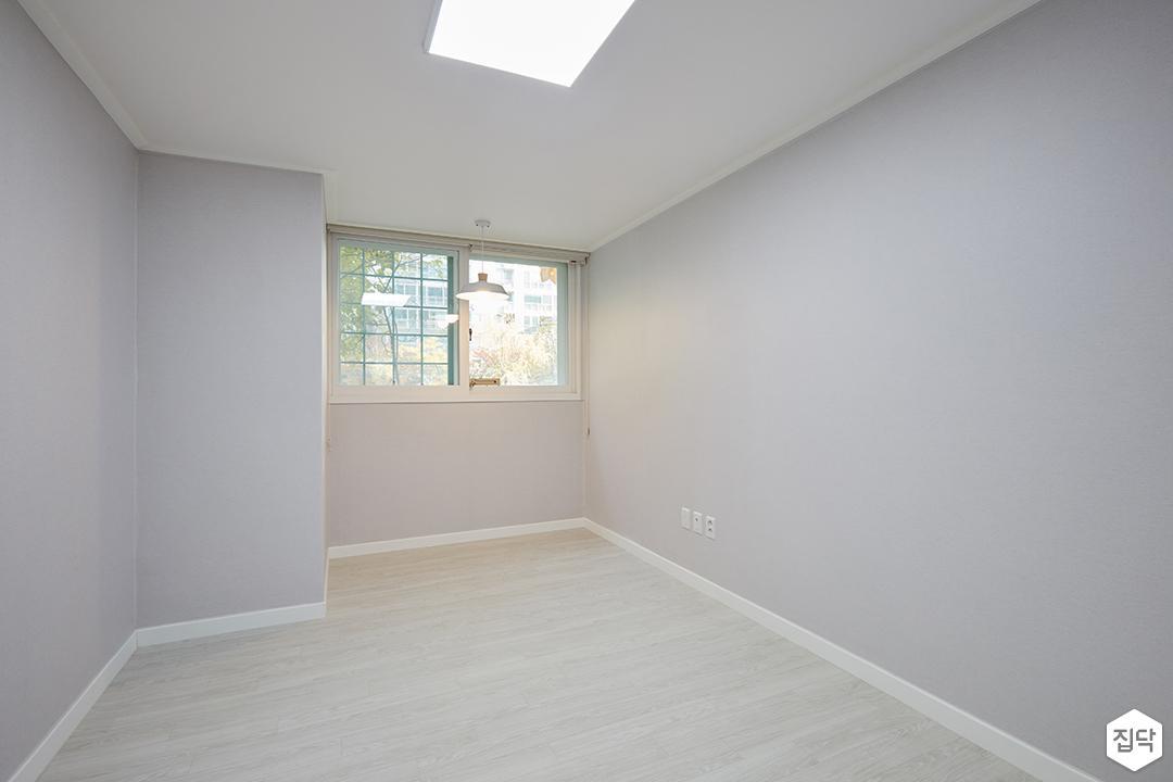 방,그레이,심플,LED조명,펜던트조명,강마루