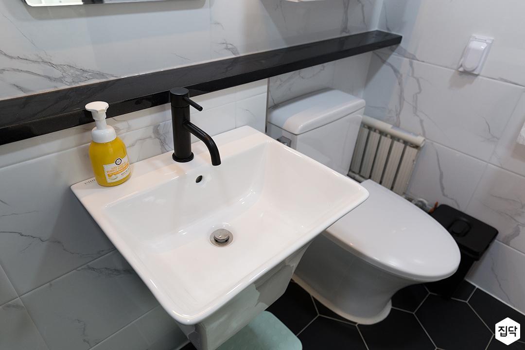 욕실,화이트,심플,블랙,세면대,양변기