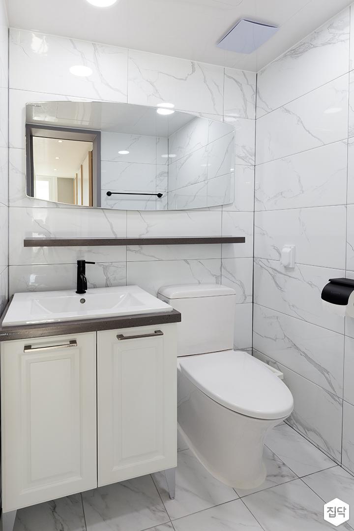 욕실,화이트,모던,세면대,양변기,무지주선반