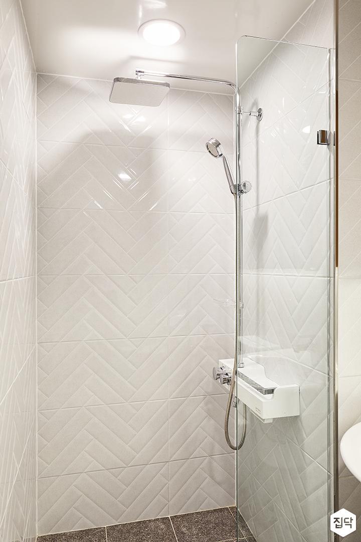욕실,화이트,심플,유리파티션,LED조명