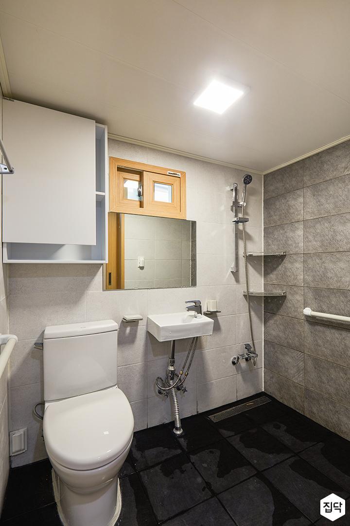 욕실,그레이,모던,led조명,수납장,거울,세면대,양변기,코너선반,샤워기,마블패턴,욕실타일