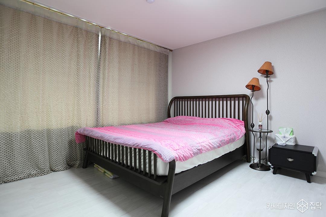 천연벽지,안방,침대,화이트