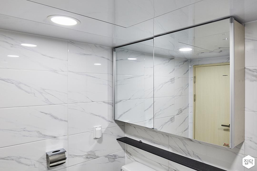 욕실,화이트,심플,슬라이딩거울장