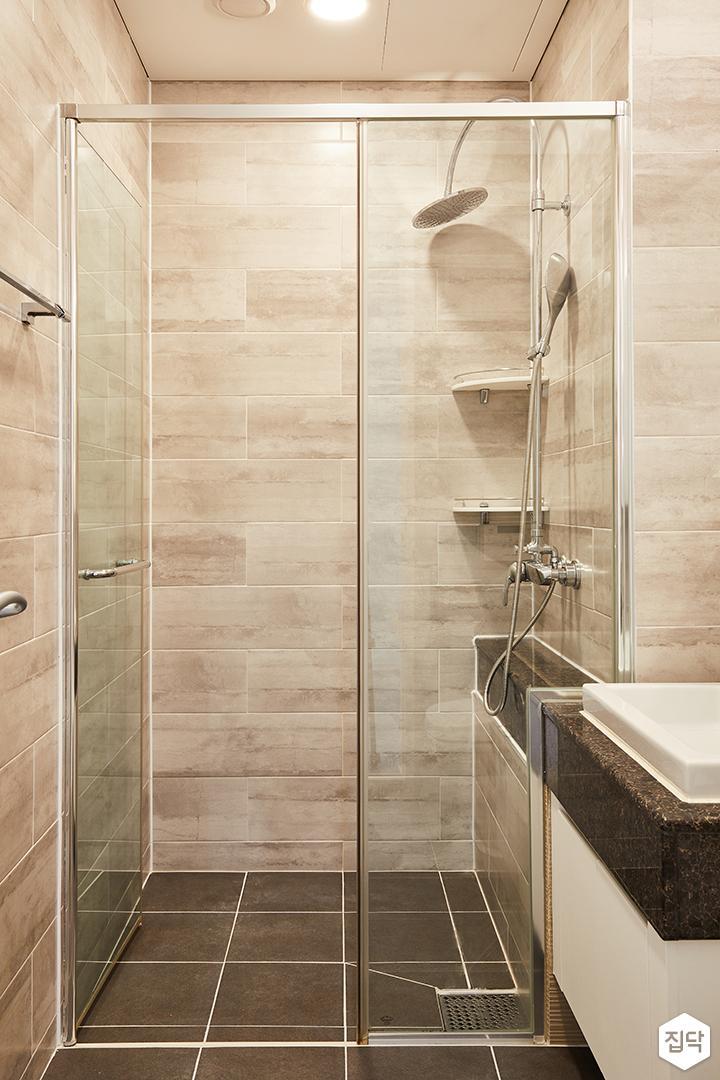 욕실,그레이,모던,세면대,유리파티션,해바라기샤워기,코너선반