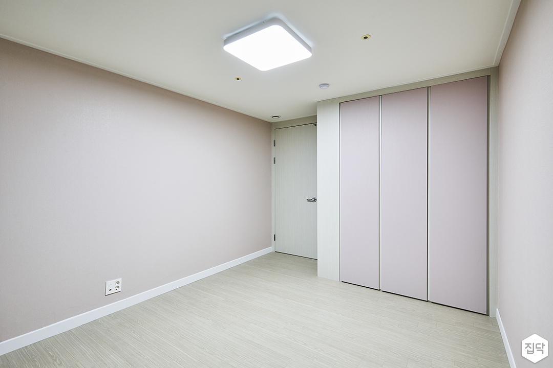 방,연그레이,심플,LED조명,붙박이장