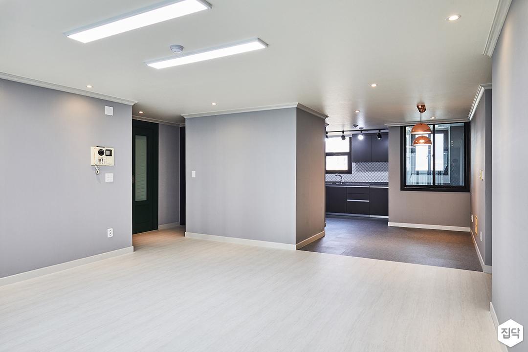거실,그레이,심플,LED조명,슬림엣지조명,다운라이트조명