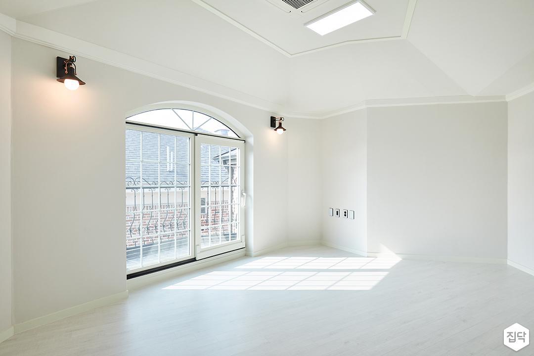 2층,화이트,심플,LED조명,브라켓조명