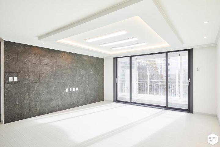 거실,화이트,그레이,심플,LED조명,슬림엣지조명,간접조명,아트월