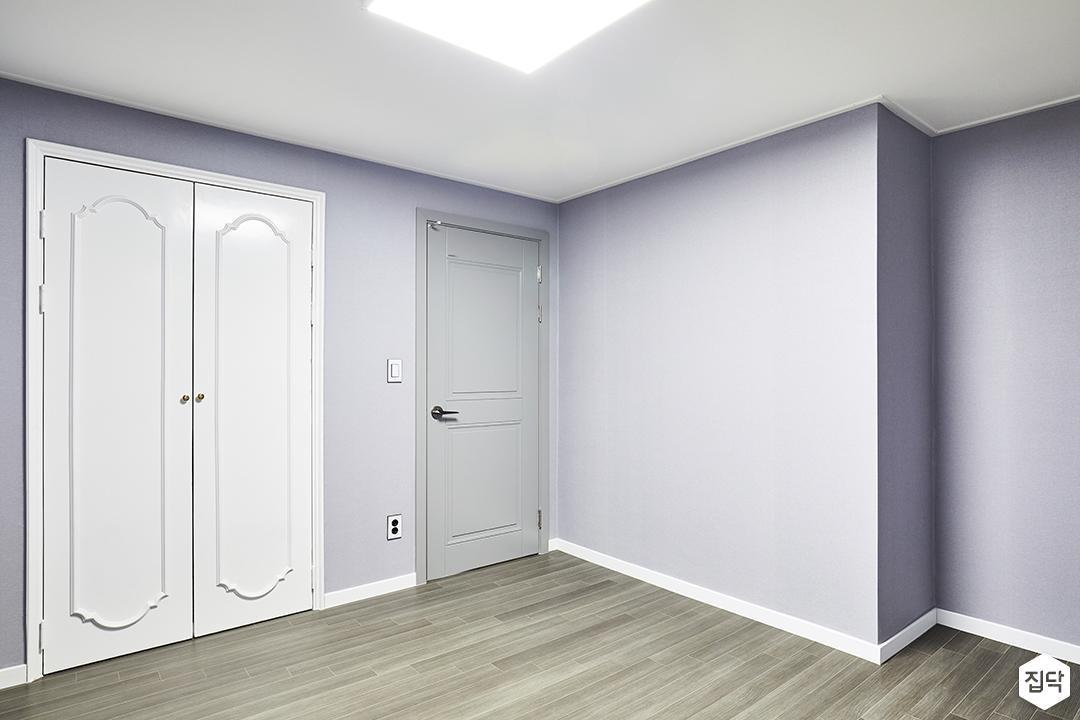 큰방,그레이,심플,LED조명,붙박이장