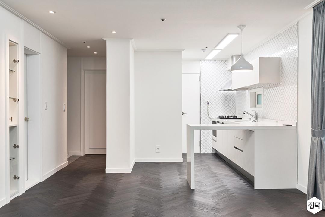 주방,화이트,모던,LED조명,다운라이트조명,펜던트조명