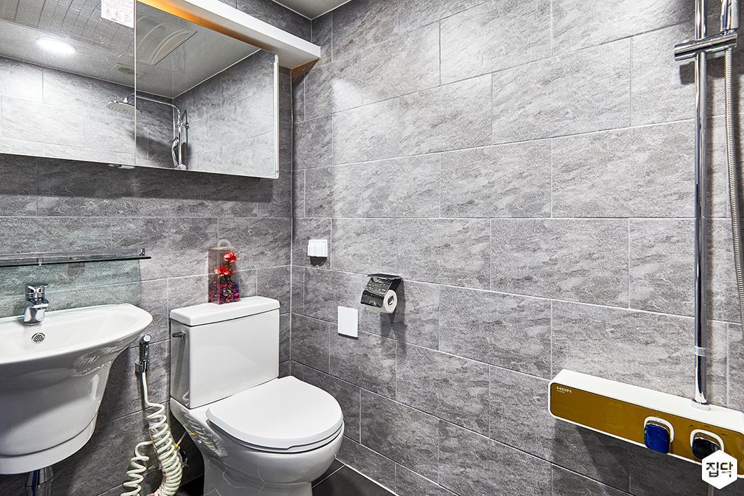 욕실,그레이,빈티지,슬라이딩거울장,세면대,양변기