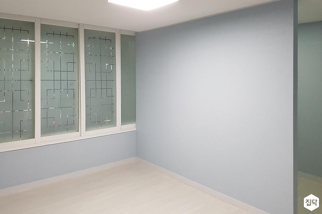 안방,블루,심플,LED조명,가벽