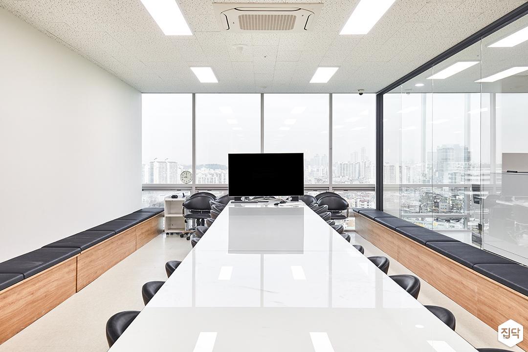회의실,화이트,심플,테이블,의자,LED조명