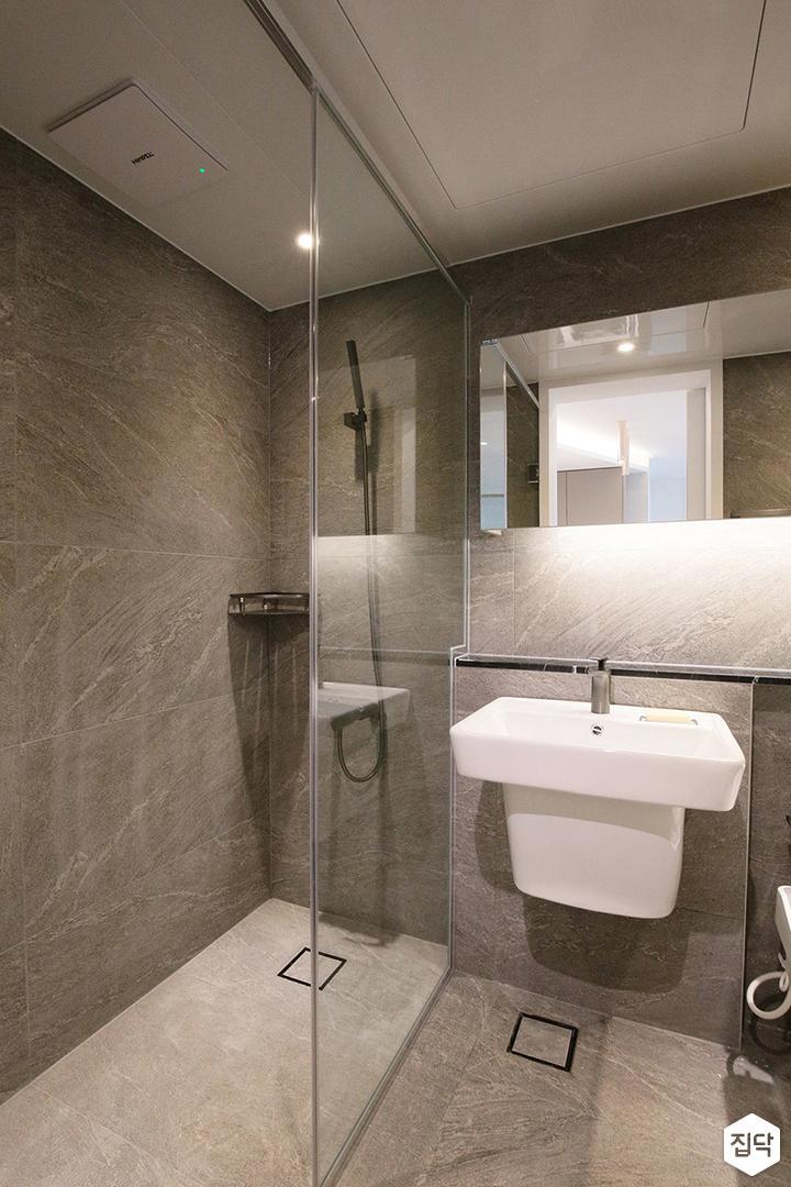 욕실,그레이,젠다이,간접조명,유리파티션,세면대,슬라이딩거울장,다운라이트조명