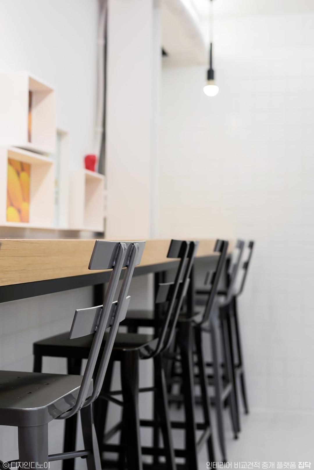 테이블,의자,카페,블랙,우드