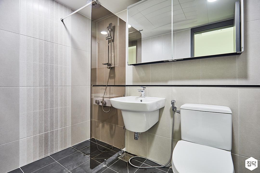 욕실,화이트,모던,유리파티션,세면대,젠다이,슬라이딩거울장