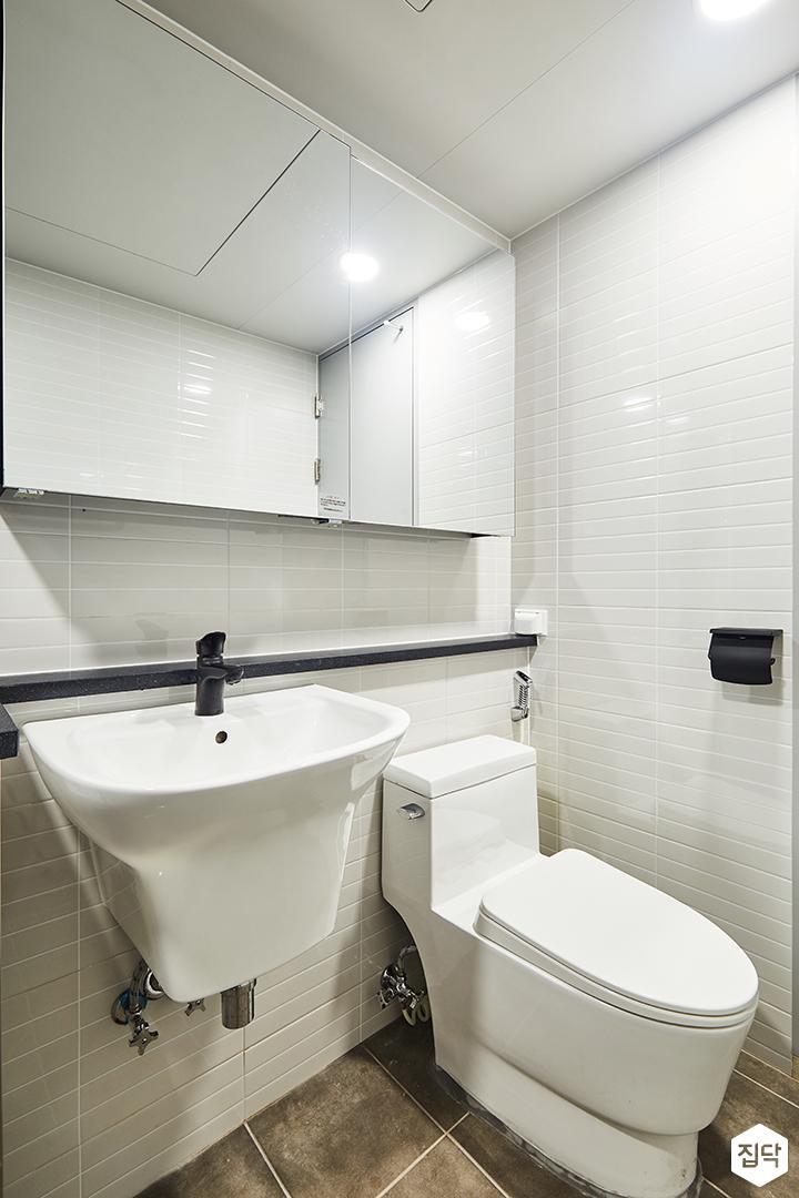 욕실,화이트,모던,젠다이,세면대,양변기,슬라이딩거울장