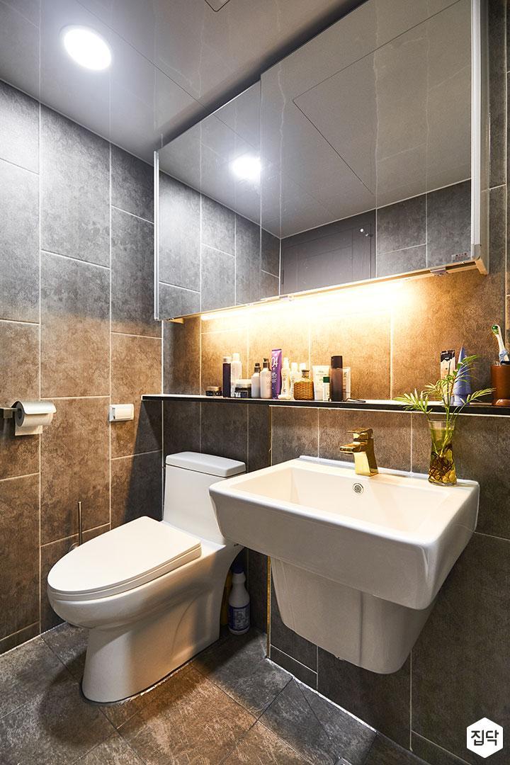 욕실,그레이,다운라이트조명,간접조명,슬라이딩거울장,젠다이,세면대