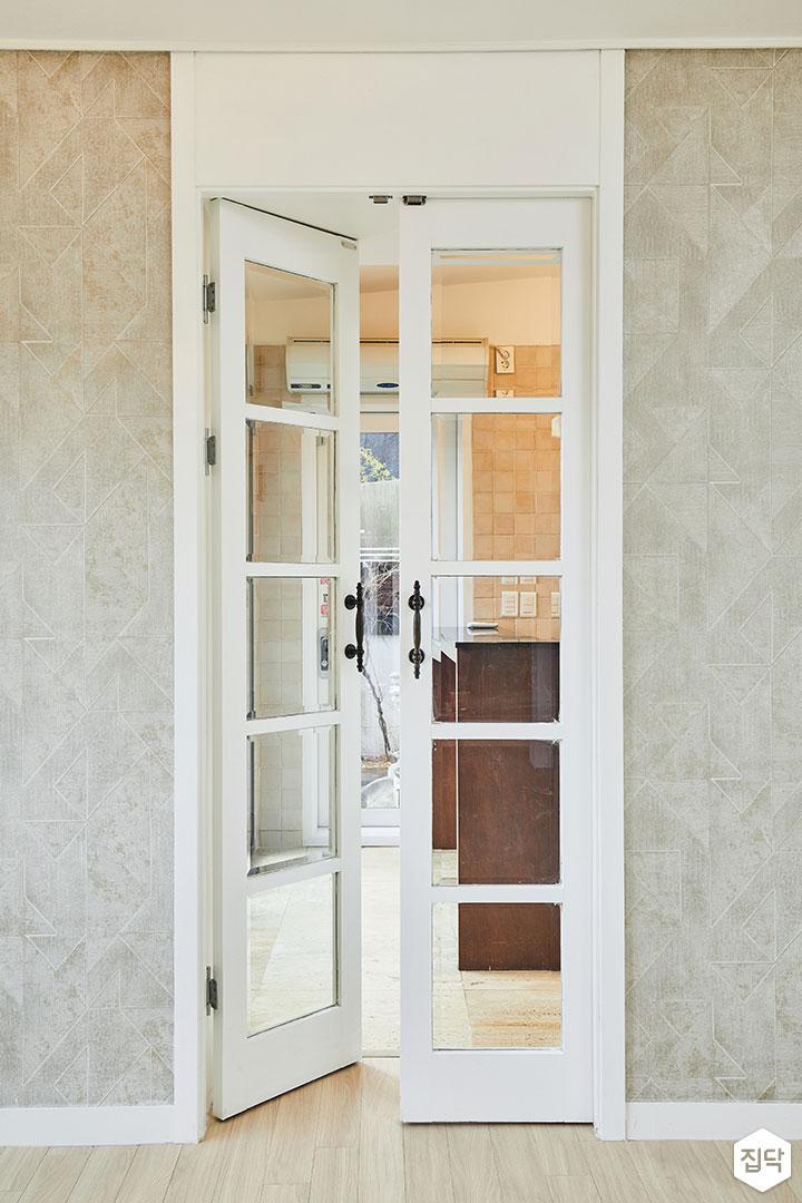 화이트,클래식,여닫이문,중문