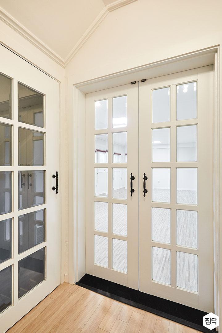 화이트,클래식,럭셔리,중문,여닫이문,강화마루