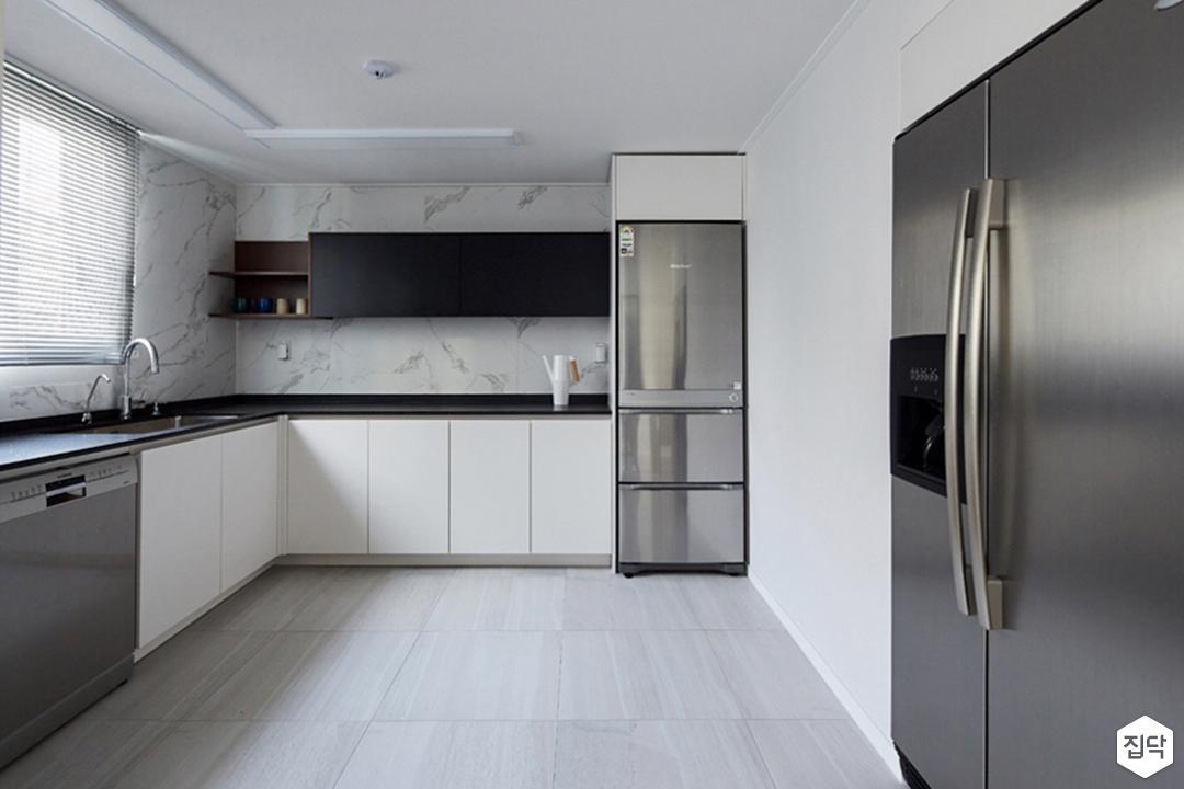 주방,모던,포세린타일,ㄱ자싱크대,냉장고장