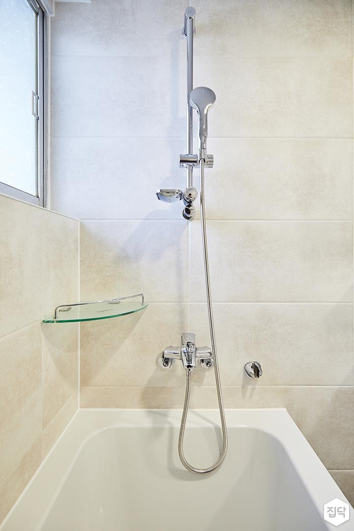 베이지,심플,모던,욕조,샤워기,포세린타일,화장실