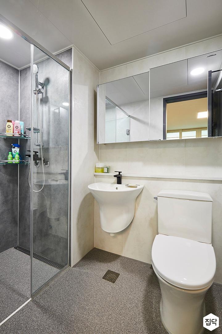 욕실,모던,심플,화이트,그레이,슬라이딩거울장,양변기,세면대,젠다이,유리파티션