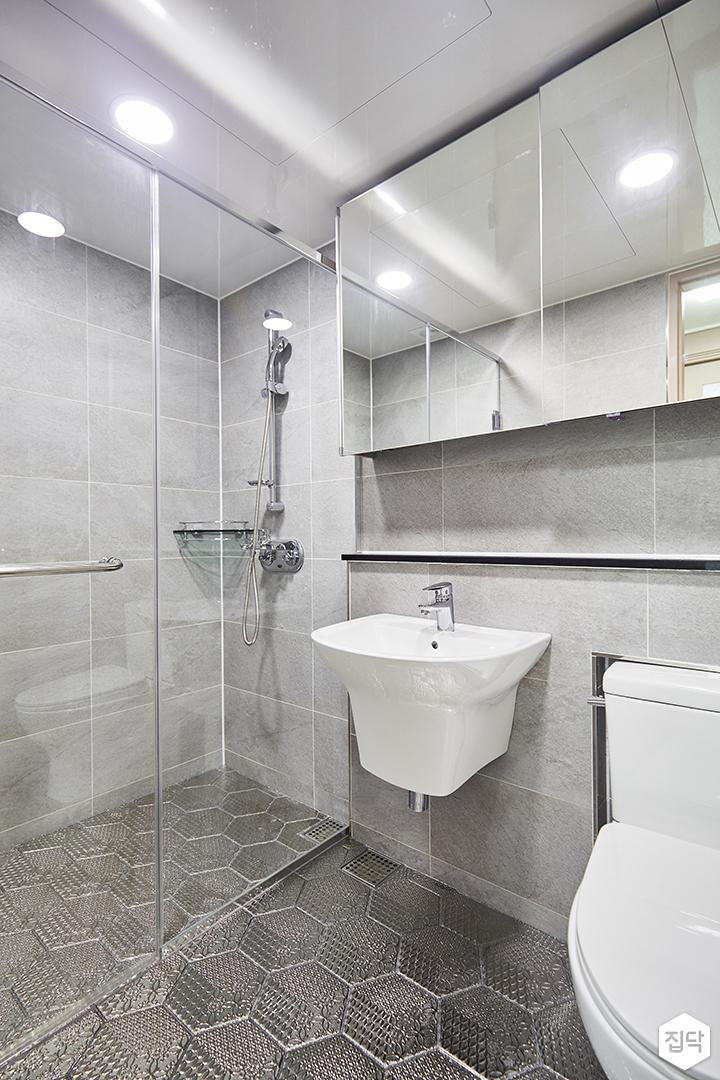그레이,심플,모던,슬라이딩거울,수납장,세면대,헥사곤타일,샤워룸