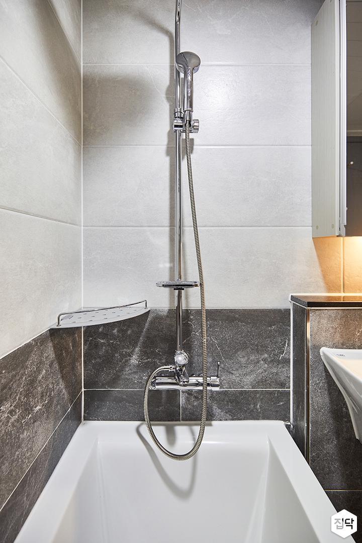 화이트,그레이,심플,모던,욕조,샤워기,화장실