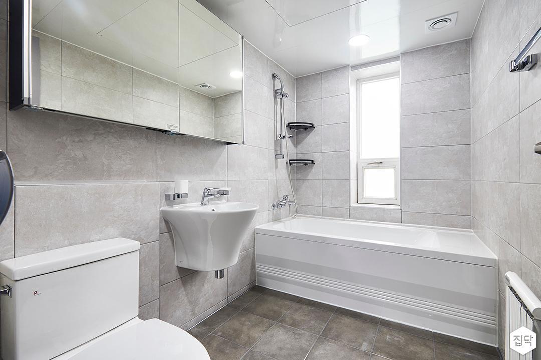욕실,심플,그레이,슬라이딩거울장,젠다이,욕조,코너선반