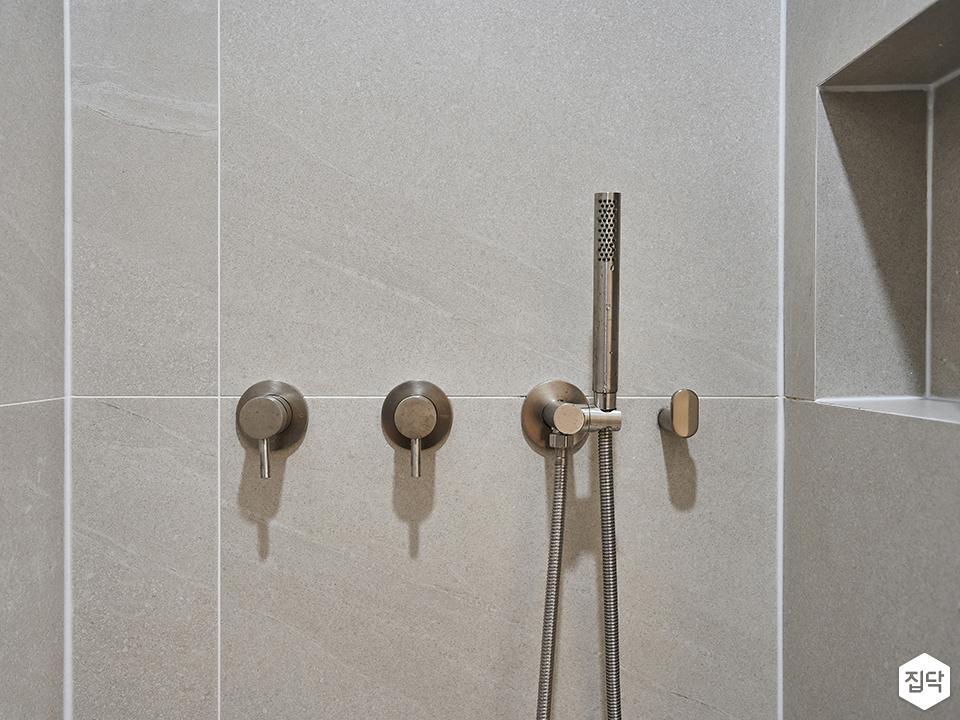 샤워기,욕실,미니멀