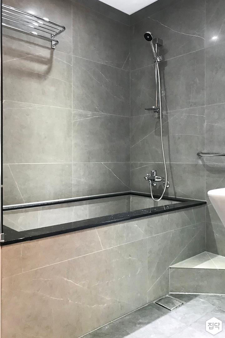 그레이,심플,모던,욕조,샤워기,욕실